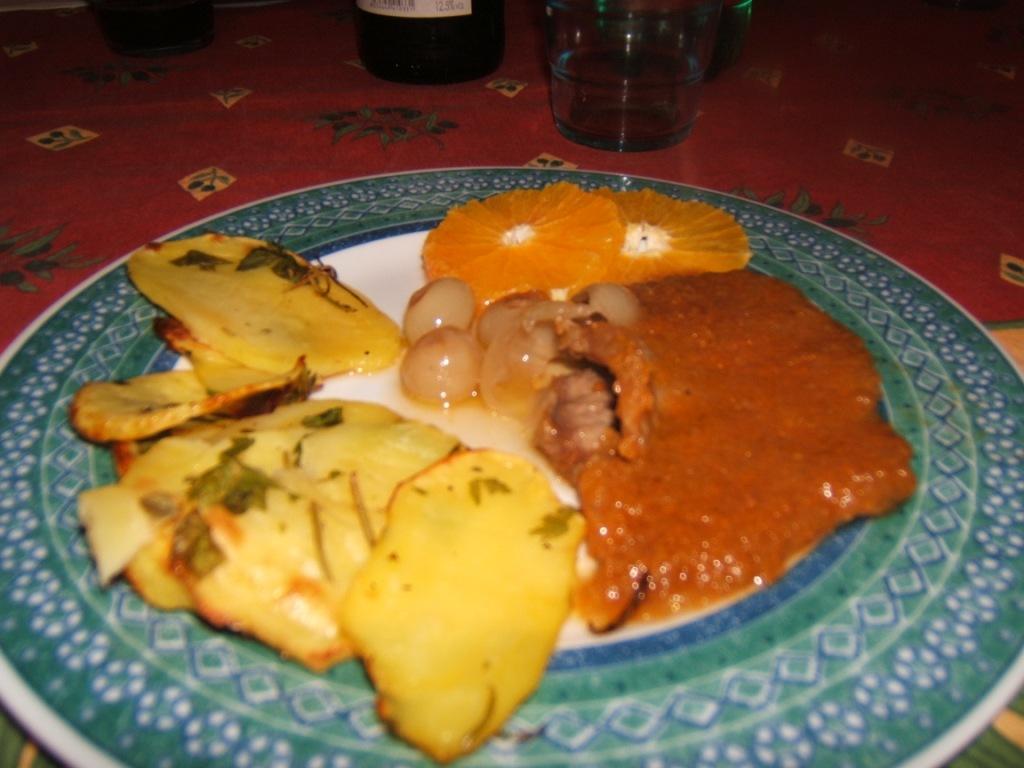 Controgirello di vitello Bouquetière, Cipolline in agrodolce, Arance condite, Patate arrosto agli aromi