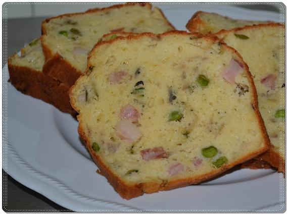 Cake affumicato con groviera e piselli