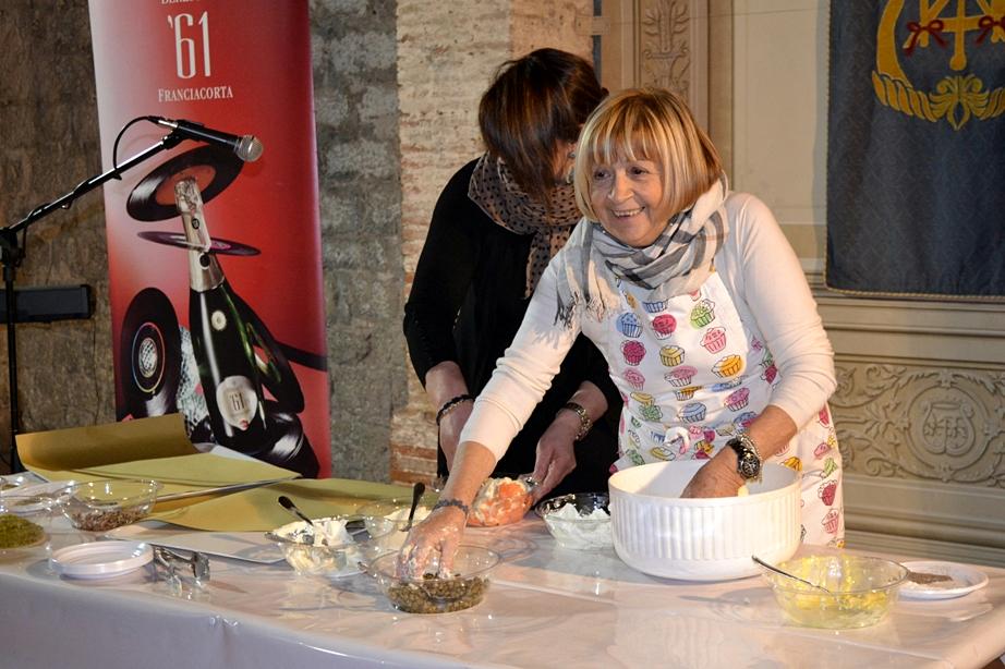 Anna Moroni, Arconi di Via Baldassini