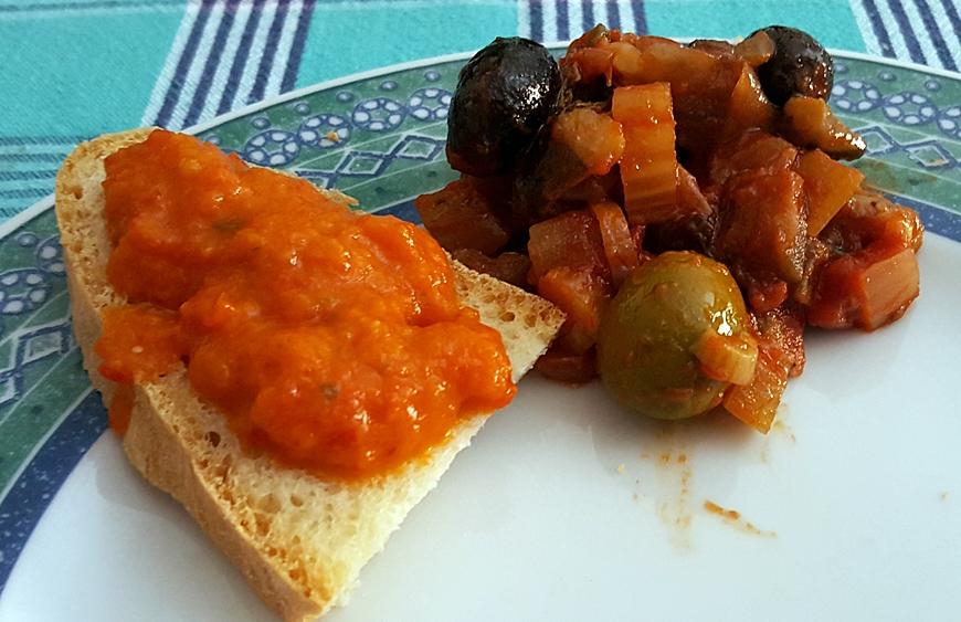 Salsa ai peperoni (simil Zacuscă)