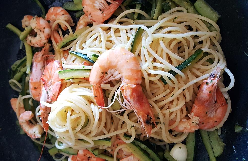 Spaghetti ZUCCHINE e MAZZANCOLLE