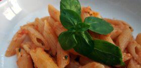 Pesto al pomodoro, basilico, pinoli